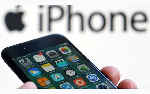 জার্মান স্টোরগুলোতে আইফোন ৭ ও আইফোন ৮ সরিয়ে নিচ্ছে অ্যাপল